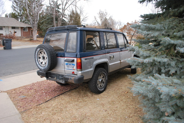 Picture of 1988 Isuzu Trooper