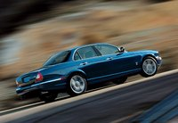 1995 Jaguar XJR 4 Dr Supercharged Sedan picture, exterior
