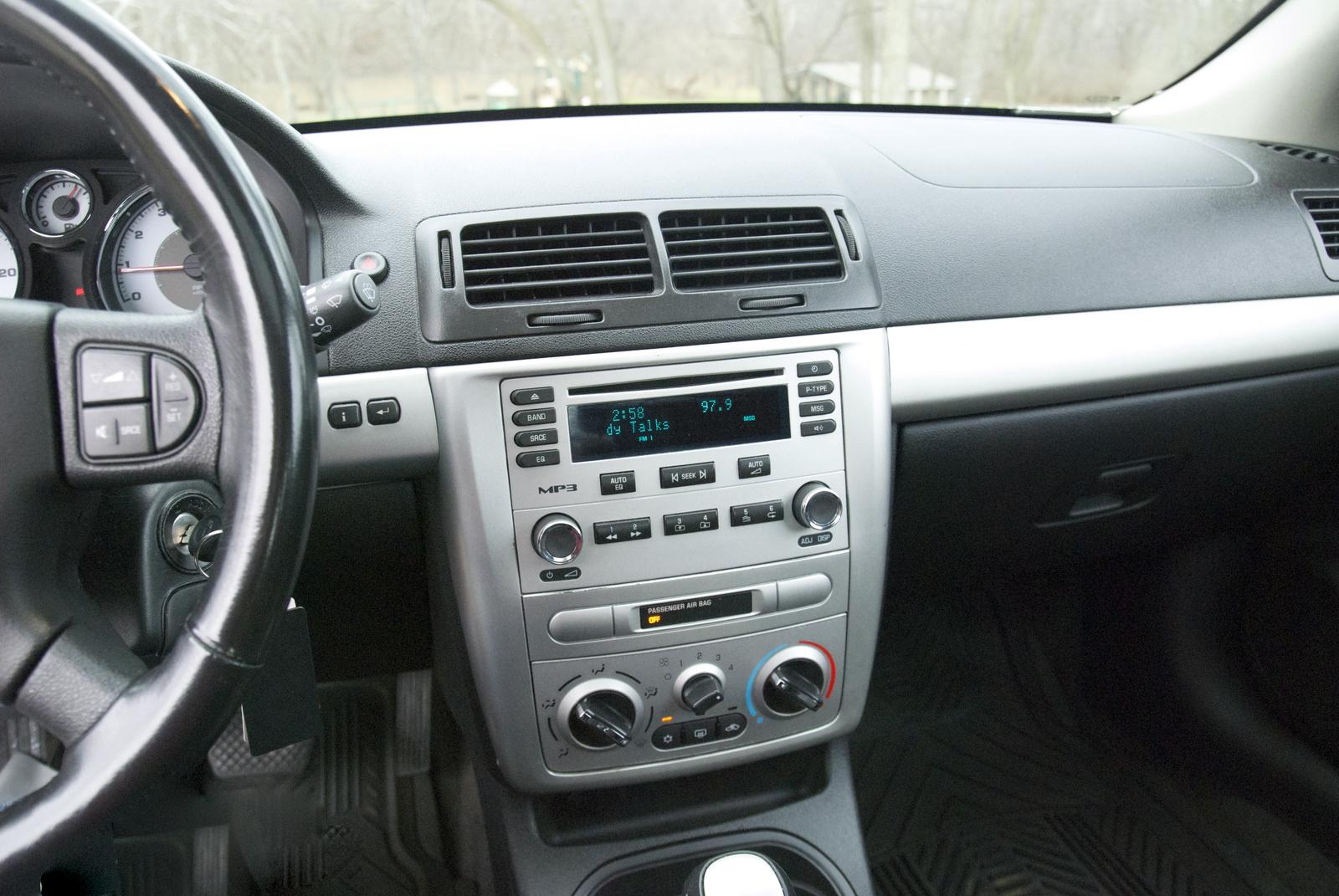 2013 chevy cobalt coupe interior pictures autos weblog