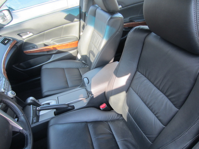 Picture of 2011 Honda Accord EX-L, interior, gallery_worthy
