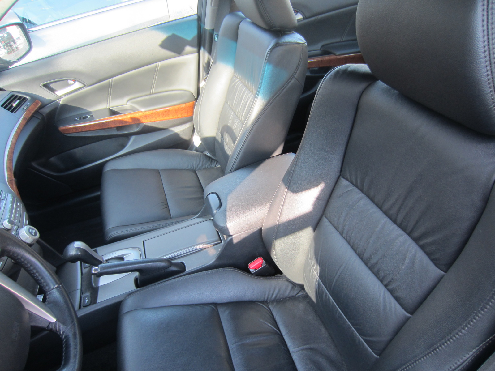 Picture of 2011 Honda Accord EX-L, interior