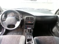 Picture of 2002 Saturn S-Series 4 Dr SL2 Sedan, interior