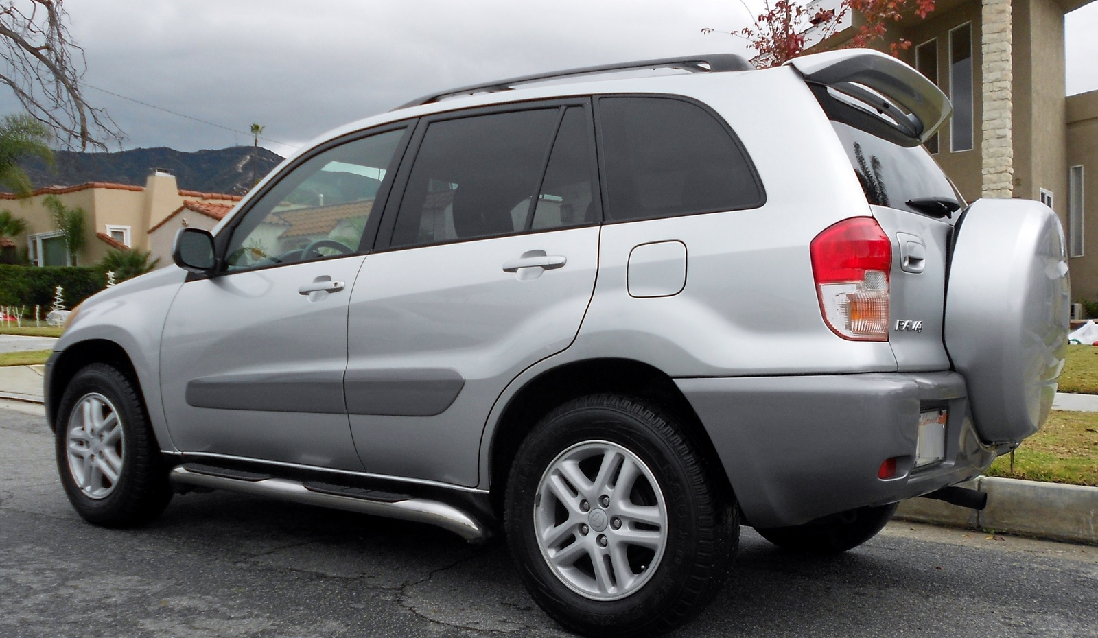 picture of 2001 toyota rav4 base exterior
