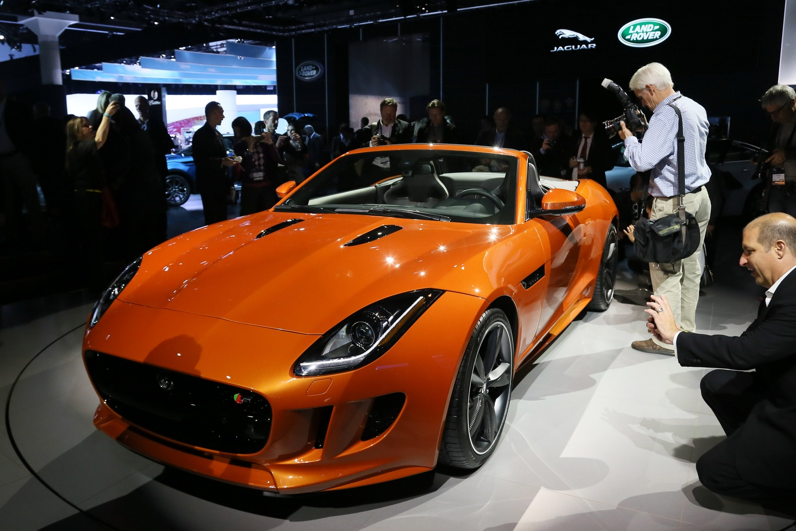 2014 Jaguar F-Type, Front-quarter view from an Auto Show, manufacturer, exterior