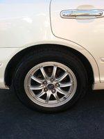 2001 Hyundai XG300 Overview