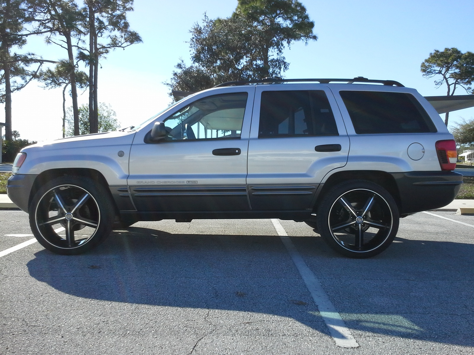 picture of 2004 jeep grand cherokee columbia edition 4wd exterior. Cars Review. Best American Auto & Cars Review