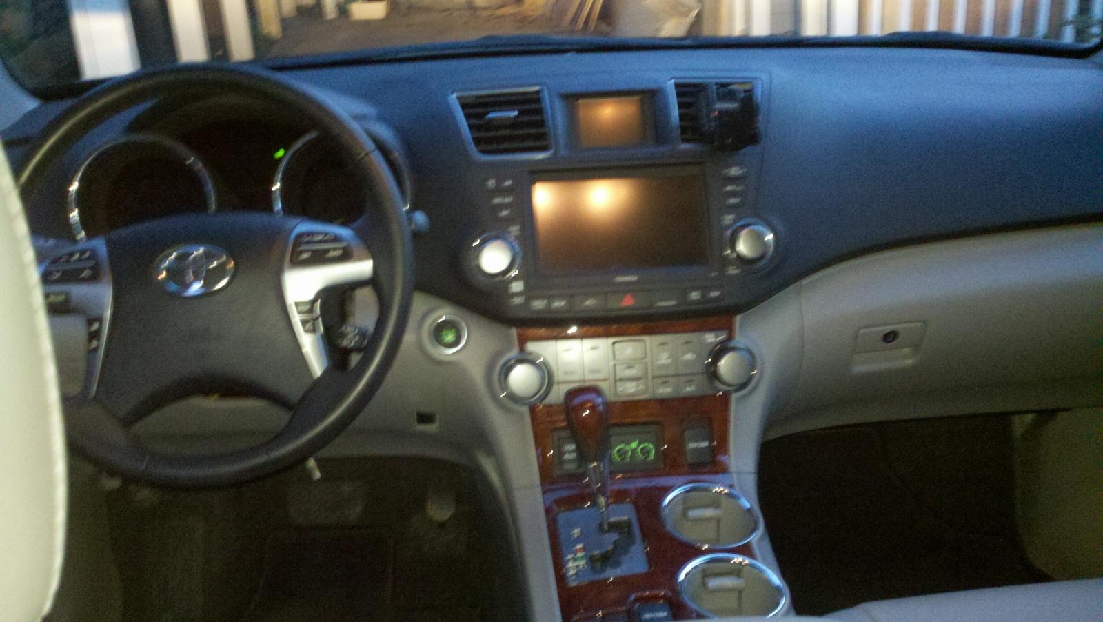 2011 Toyota Highlander Interior Pictures Cargurus
