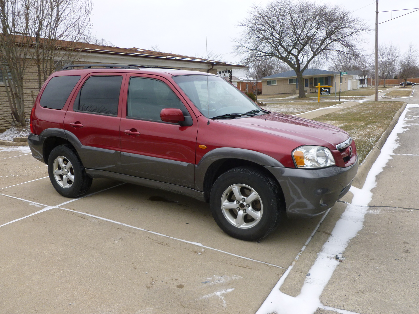 2005 Mazda Tribute picture