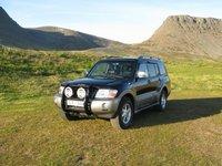 2004 Mitsubishi Pajero Overview
