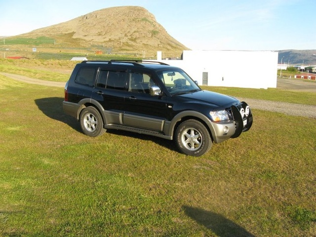 Picture of 2004 Mitsubishi Pajero