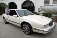 1990 Buick Riviera Picture Gallery