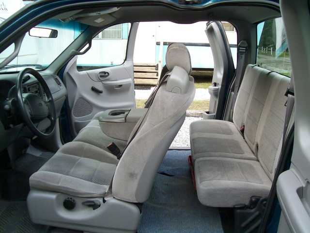 Picture of 2001 Ford F-150 XL Extended Cab SB, interior, gallery_worthy