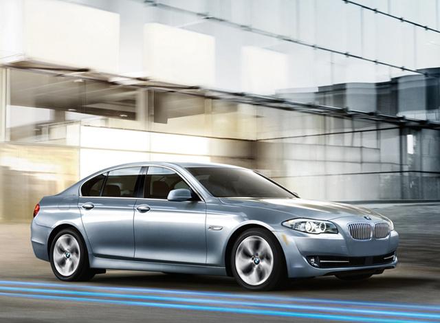 2013 BMW ActiveHybrid 5, Front-quarter view, exterior, manufacturer