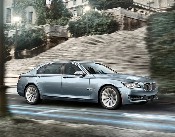 2013 BMW ActiveHybrid 7, Front-quarter view, exterior, manufacturer