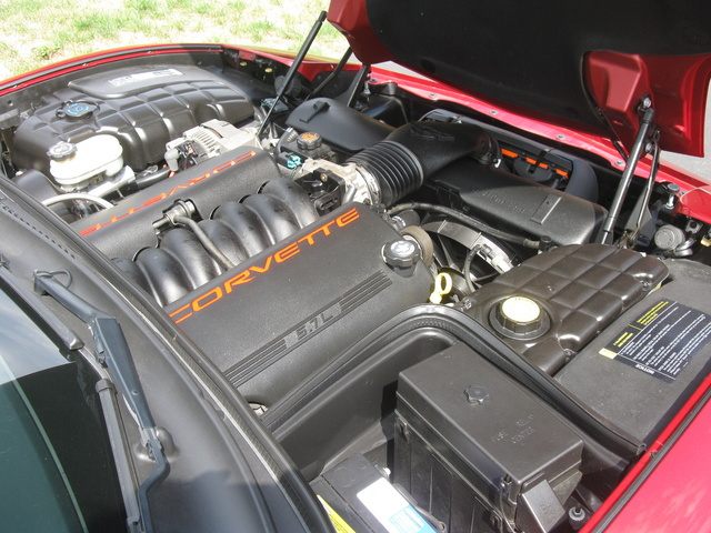 Picture of 2013 Chevrolet Corvette Coupe 2LT, engine