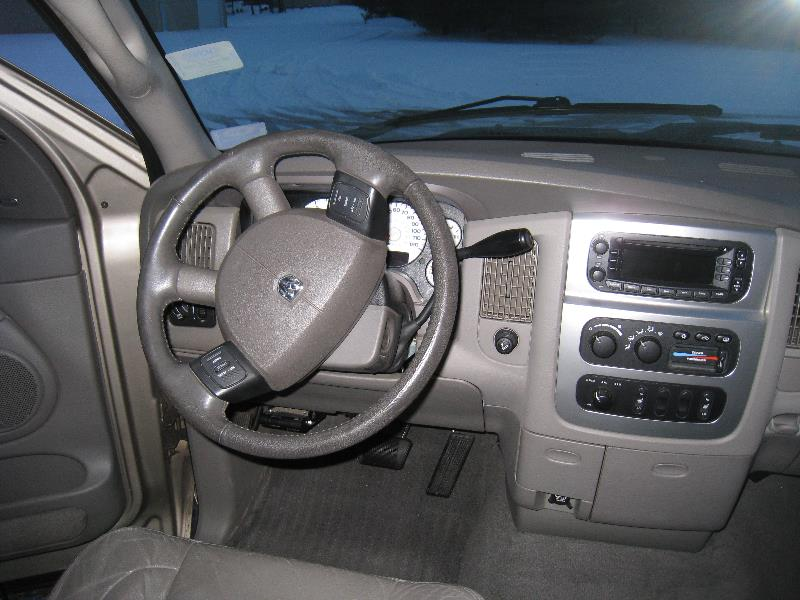 2004 dodge ram pickup 2500 interior pictures cargurus. Black Bedroom Furniture Sets. Home Design Ideas