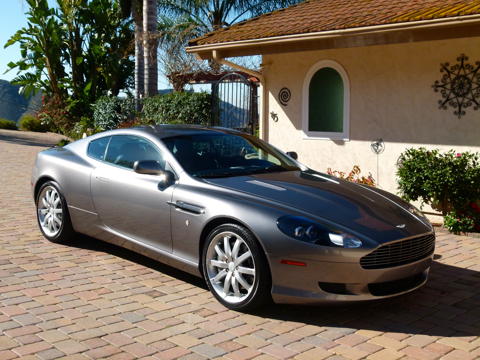 2005 aston martin db9 pictures cargurus. Black Bedroom Furniture Sets. Home Design Ideas