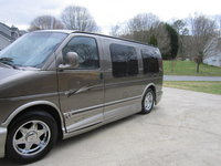 2002 GMC Savana Overview