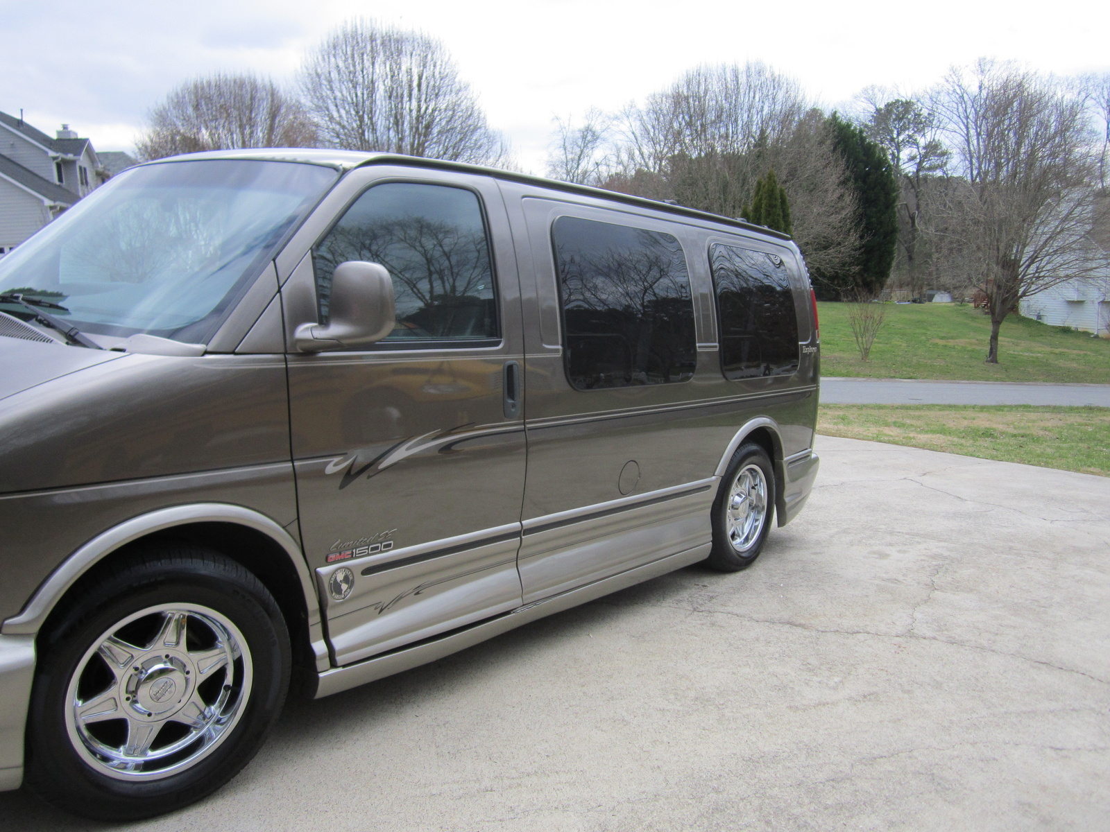 Picture of 2002 GMC Savana G1500 SLE Passenger Van