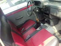 1986 Mazda B2000, the inside, interior