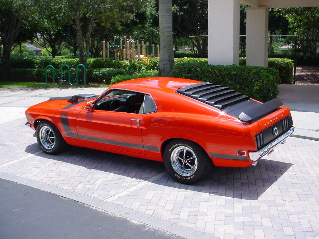We Love Fords Past Present And Future 1970 Ford Mustangs Bronco Interior Picture Of Mustang Boss 302 Exterior