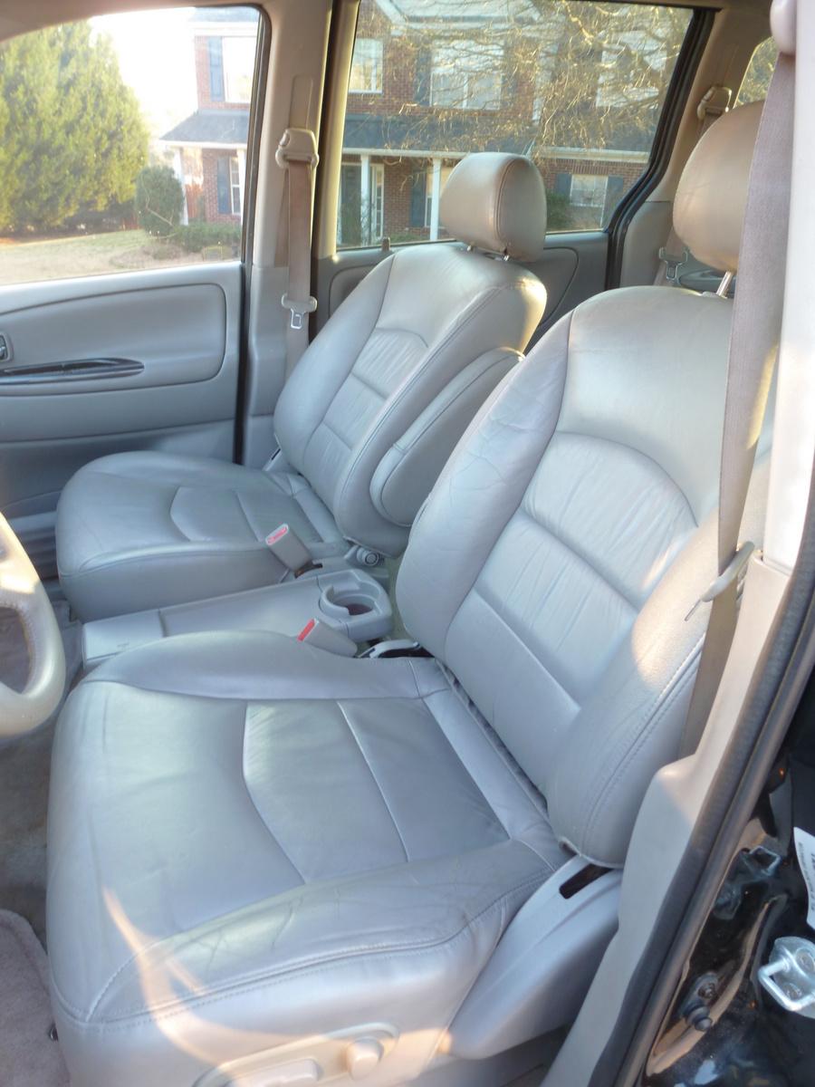 Picture Of 2003 Mazda Mpv Es  Interior