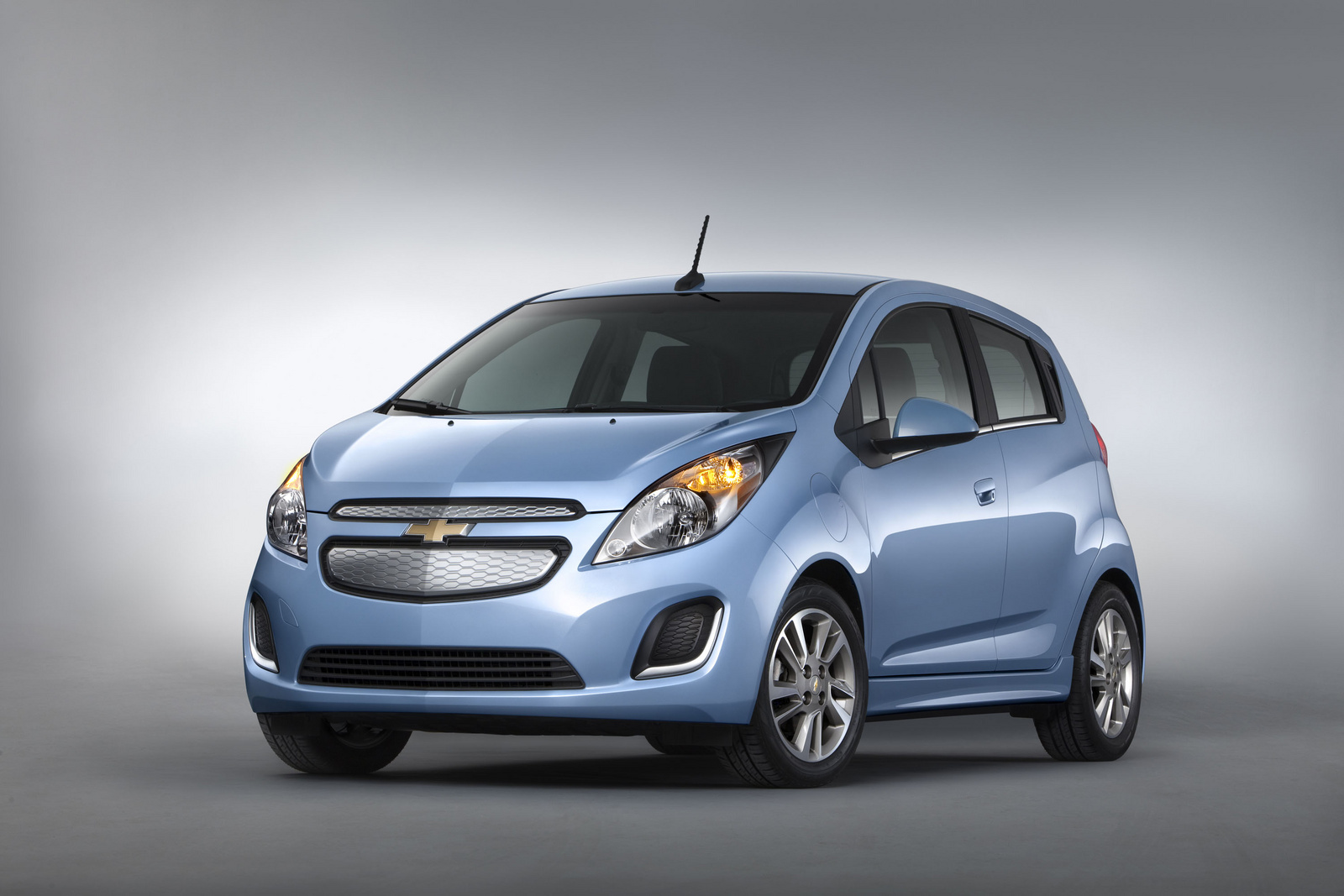 2014 Chevrolet Spark EV, Front-quarter view. Copyright General Motors., manufacturer, exterior