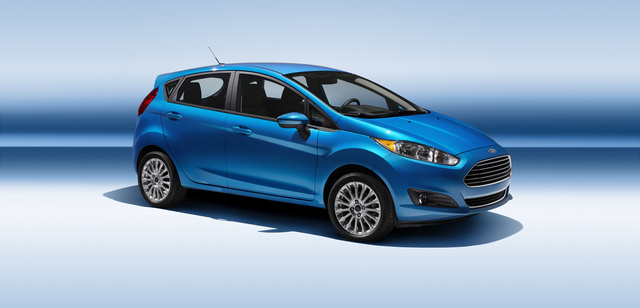 2014 Ford Fiesta, Front-quarter view of the 5-door hatchback, exterior, manufacturer, gallery_worthy