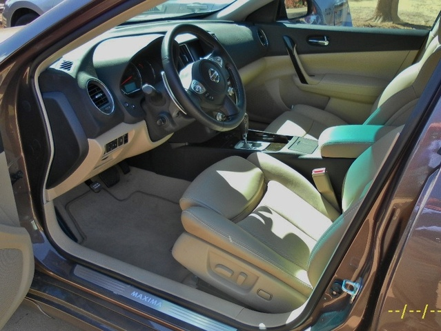 Picture of 2012 Nissan Maxima SV