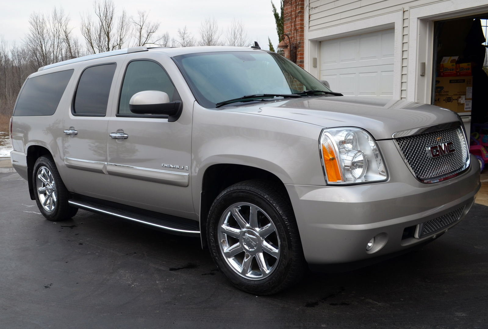 find a used 2007 gmc yukon xl denali for sale 2007 yukon html autos post. Black Bedroom Furniture Sets. Home Design Ideas