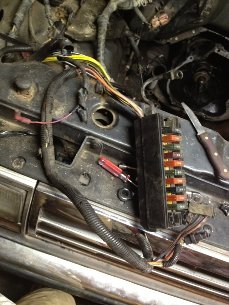 Ford Bronco Ii Questions Where Is The Ecm Fuse On A 87 Broncos Wire Harness Plugs Mark Helpful