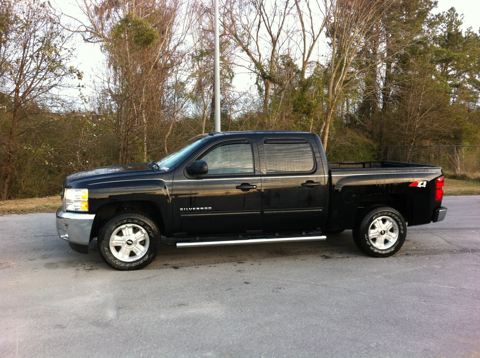 picture of 2013 chevrolet silverado 1500 lt crew cab 4wd exterior. Cars Review. Best American Auto & Cars Review