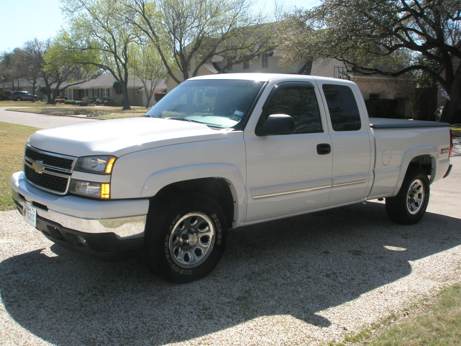 picture of 2006 chevrolet silverado 1500 lt2 ext cab 4wd exterior. Cars Review. Best American Auto & Cars Review