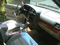 Picture of 2001 Infiniti QX4 4 Dr STD 4WD SUV, interior