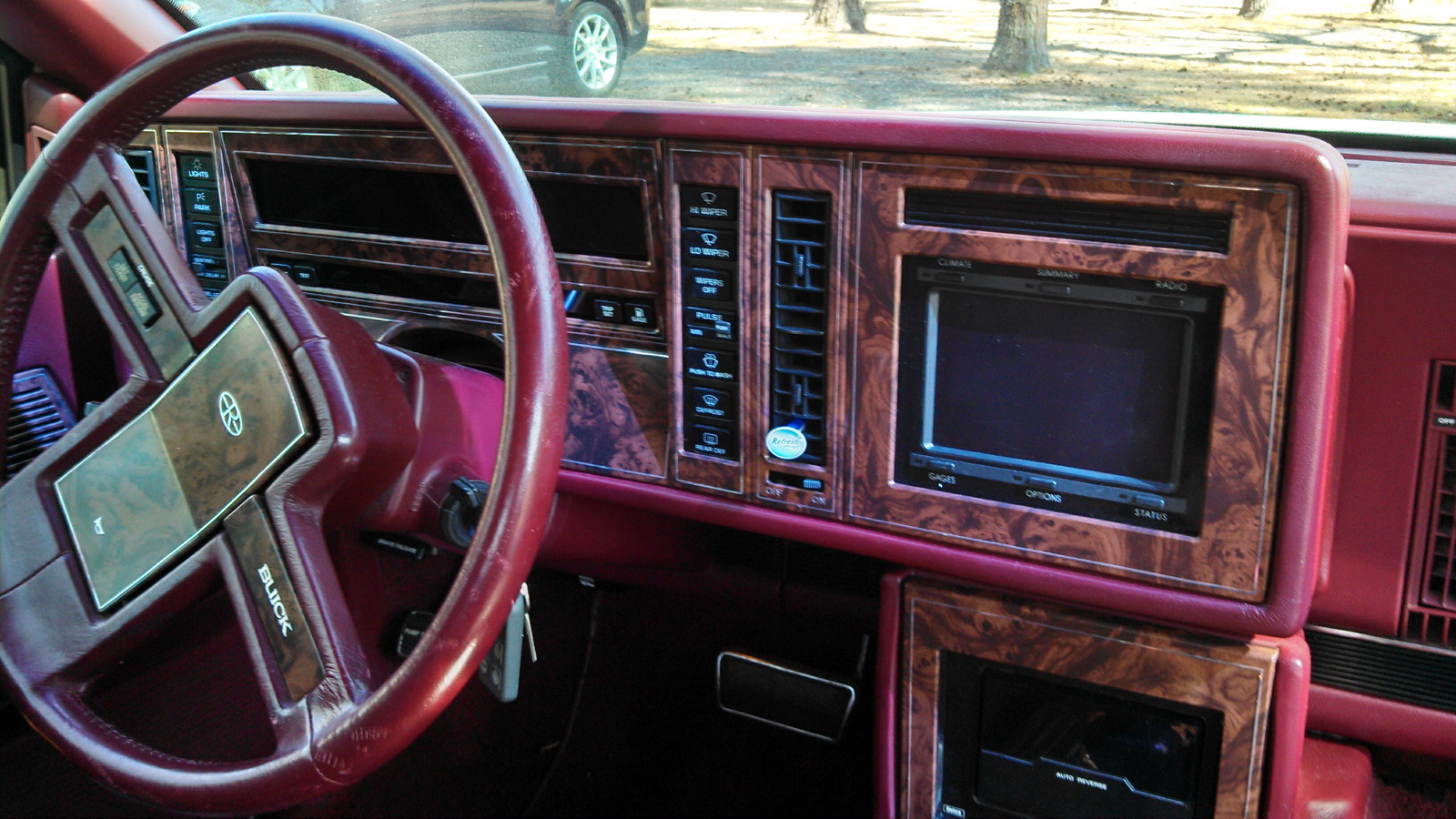 Buick Riviera Std Coupe Pic on 1987 Buick Lesabre Reviews