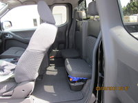 Picture of 2010 Nissan Frontier SE V6 King Cab, interior