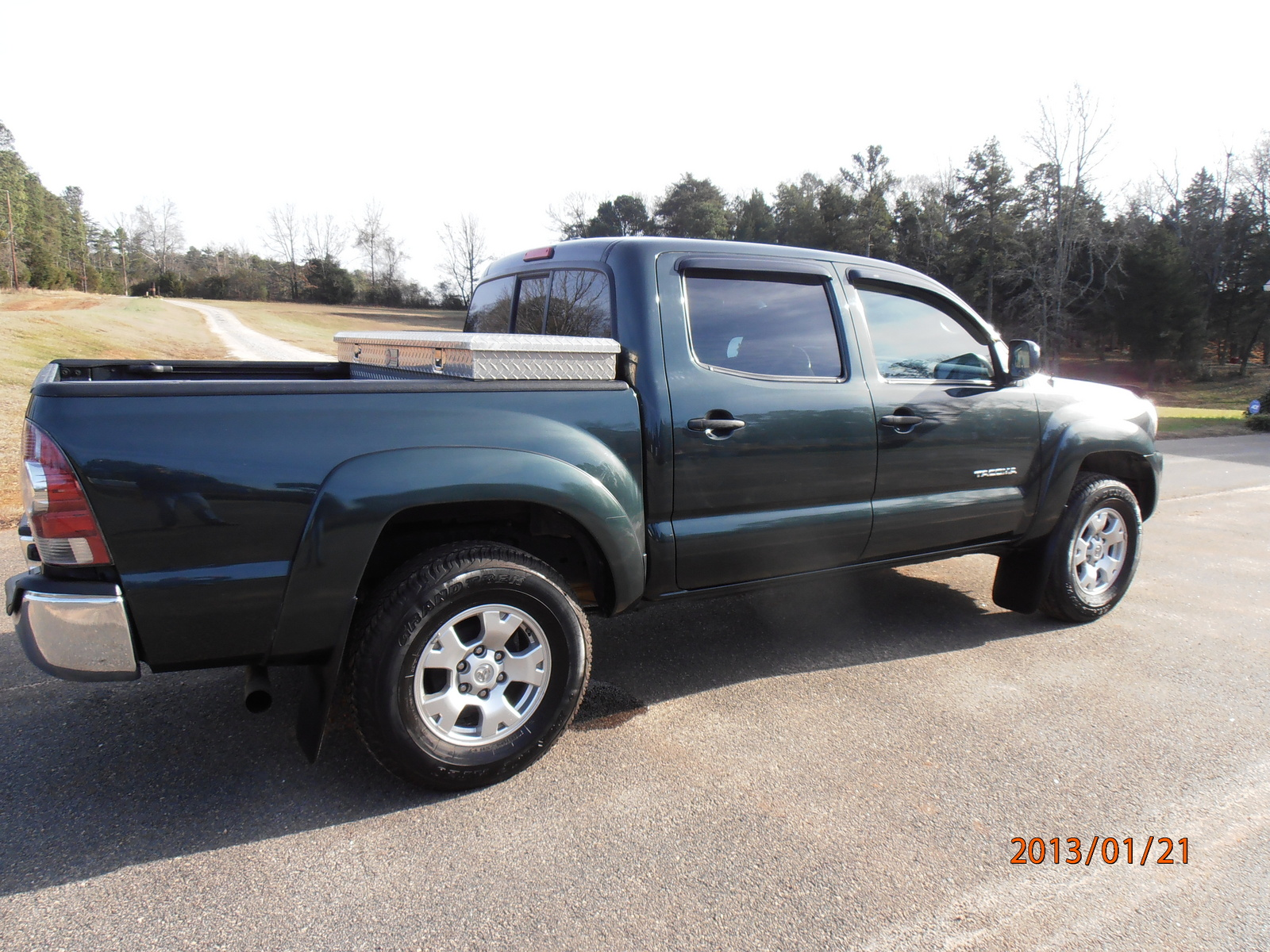 2010 toyota tacoma prerunner autos post. Black Bedroom Furniture Sets. Home Design Ideas