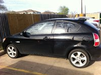 Picture of 2007 Hyundai Accent SE 2-Door Hatchback FWD, exterior, gallery_worthy