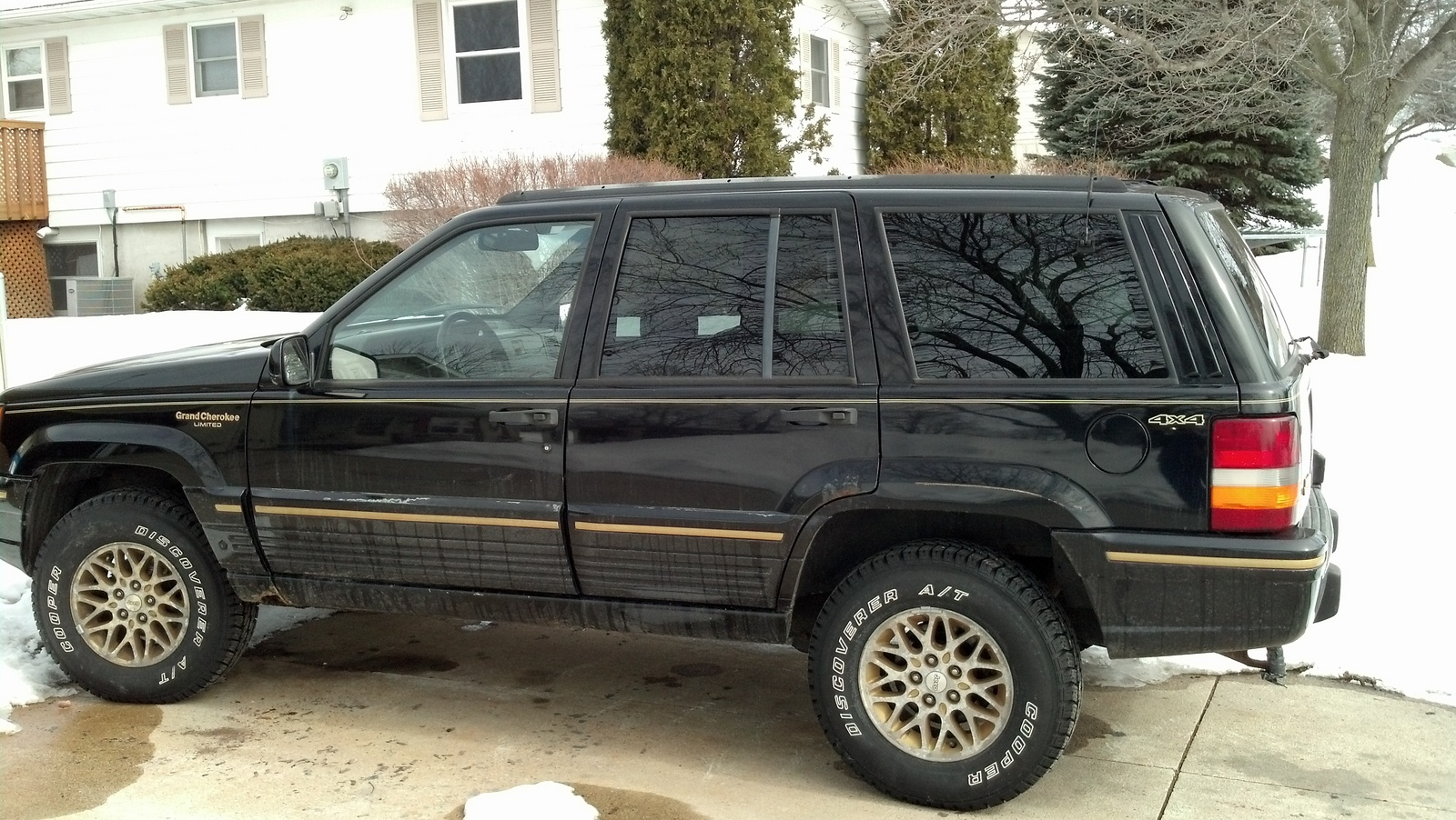picture of 1995 jeep grand cherokee limited exterior. Cars Review. Best American Auto & Cars Review