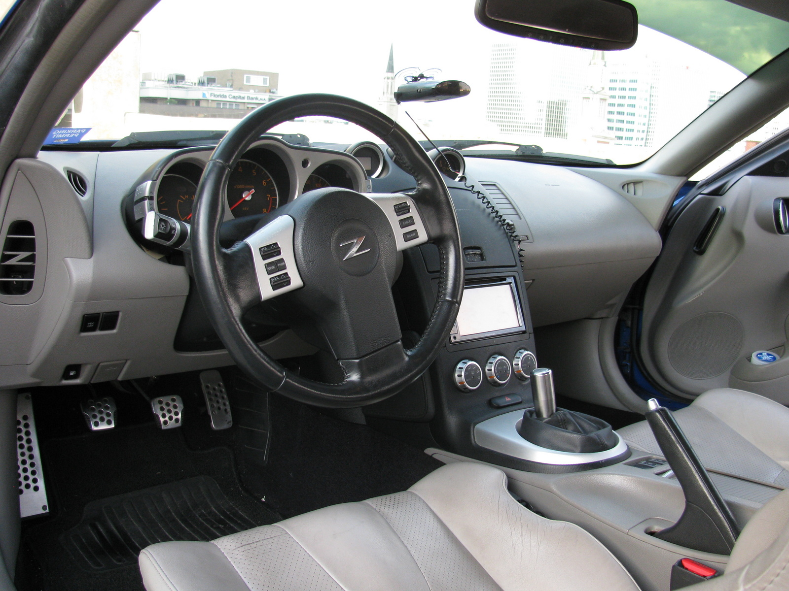 2006 nissan 350z interior pictures cargurus for Interieur 350z