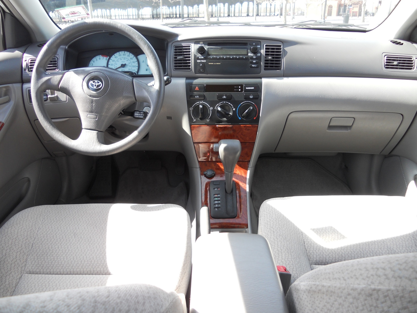 Toyota Corolla Le Pic