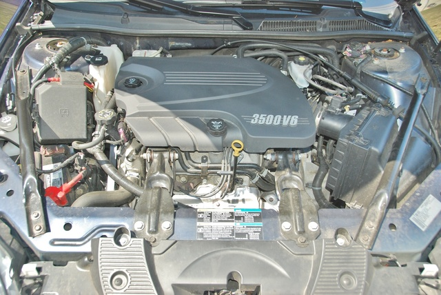 Picture of 2010 Chevrolet Impala LT, engine