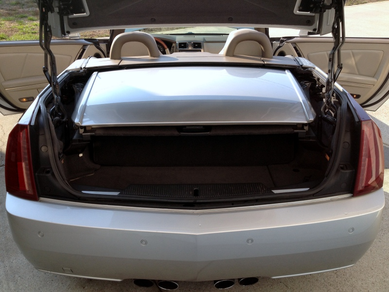 Picture of 2005 Cadillac XLR 2 Dr STD Convertible