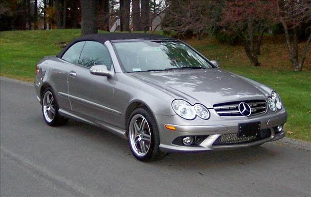 2007 mercedes benz clk class trim information cargurus for 2007 mercedes benz clk550