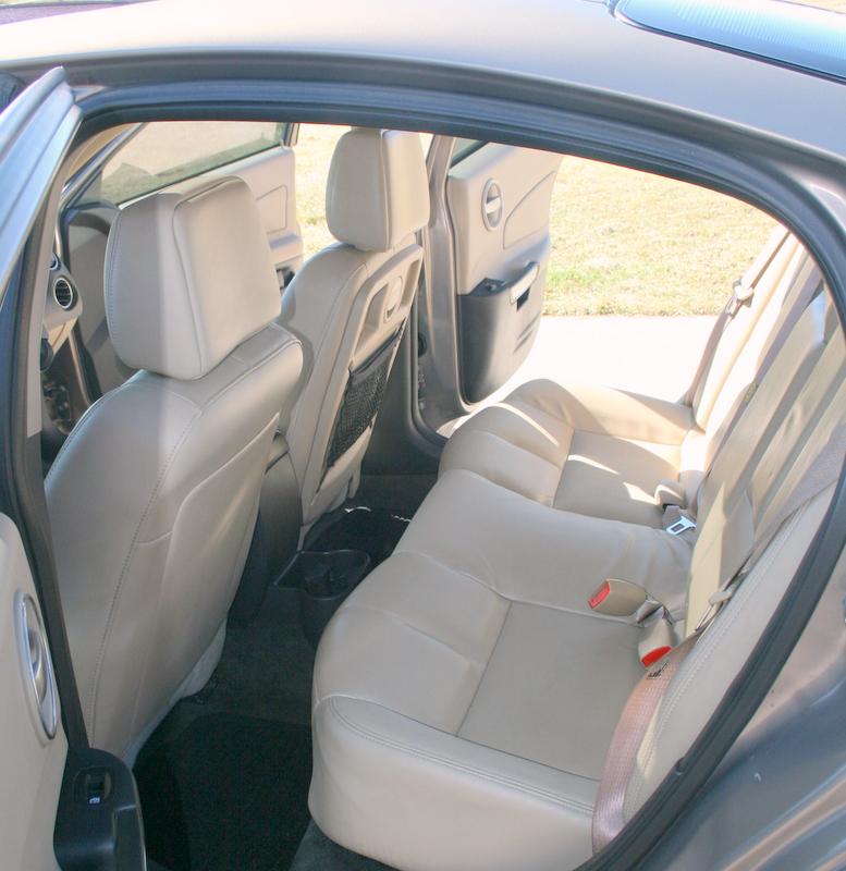 2006 Pontiac G6 Interior: 2006 Pontiac Grand Prix