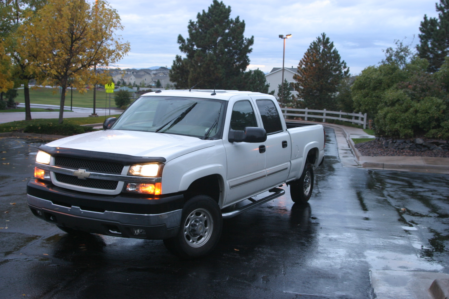 2006 Chevrolet Silverado 1500HD LT2 Crew Cab Short Bed 4WD picture, exterior