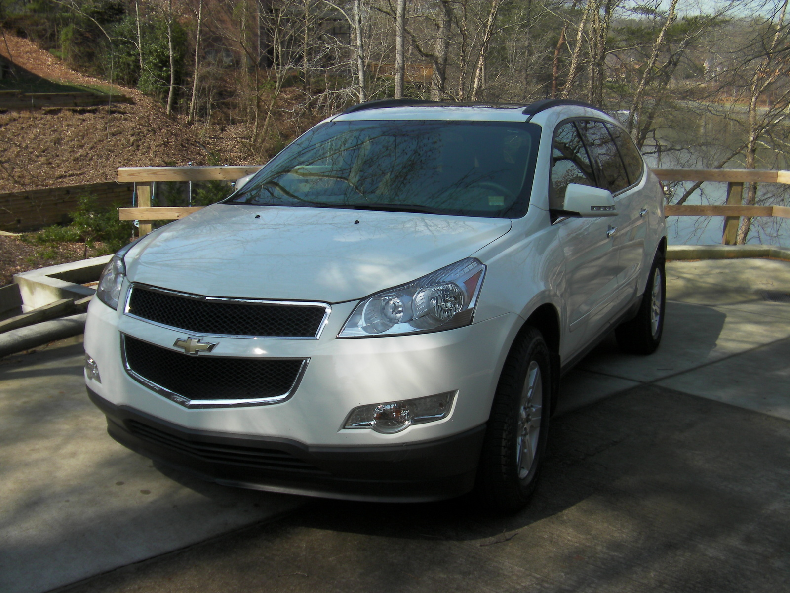 picture of 2011 chevrolet traverse lt2 exterior. Cars Review. Best American Auto & Cars Review
