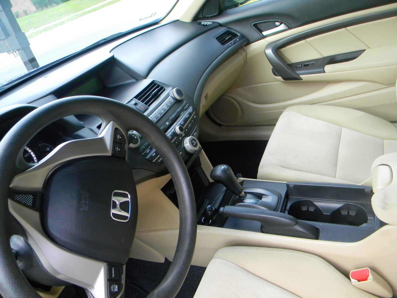 2010 honda accord coupe interior pictures cargurus - 2010 honda accord coupe interior ...