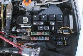 dodge ram 3500 2006 fuse box location dodge ram 1500 questions - where is the low beam relay ... 2004 dodge 3500 headlight fuse box location