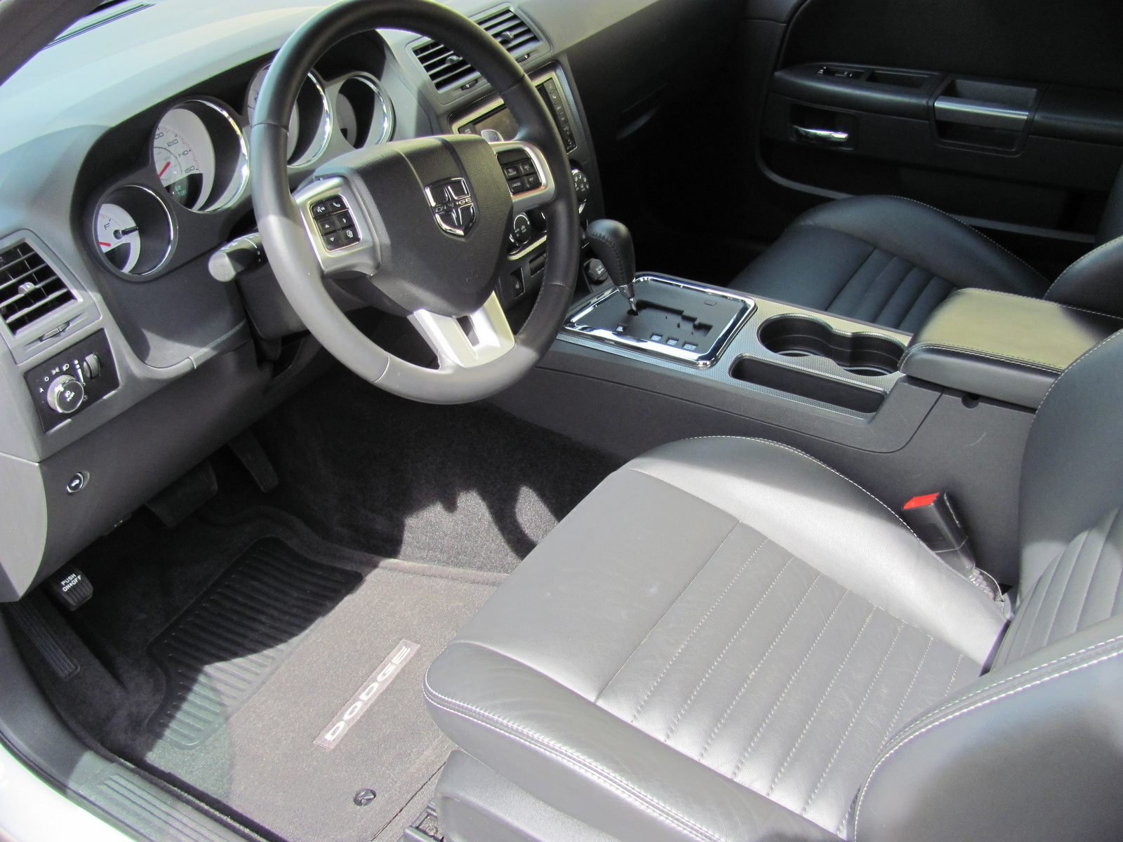 Picture Of 2012 Dodge Challenger R T Interior